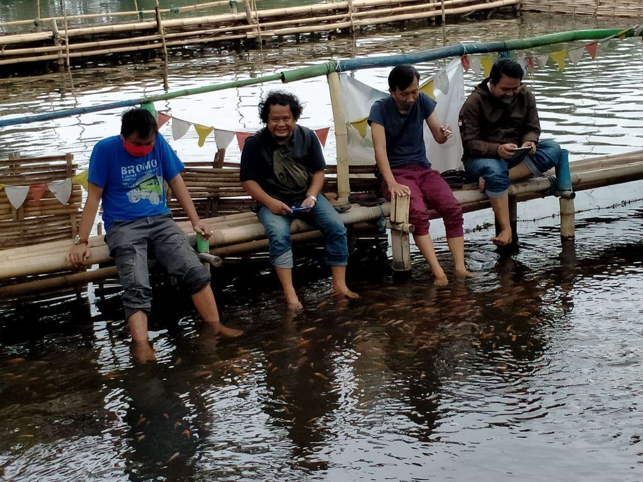 Perawatan kaki dapat dilakukan di Sumber Sentong, Kecamatan Jrebeng Wetan, Kabupaten Kedopok, Kota Probolinggo.  (Foto: Ikhsan Mahmudi / Ngopibareng.id)